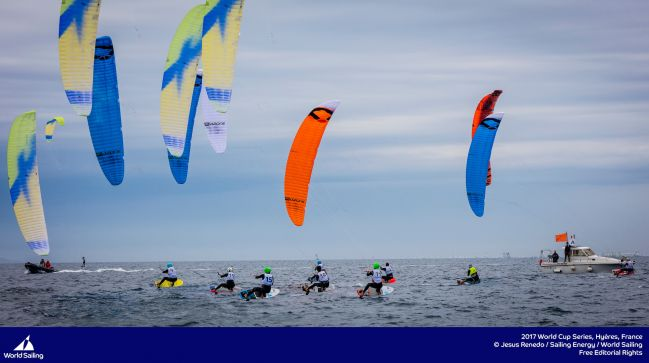 Mazella and Parlier dominate racing on day 2 at Sailing World Cup Hyeres.