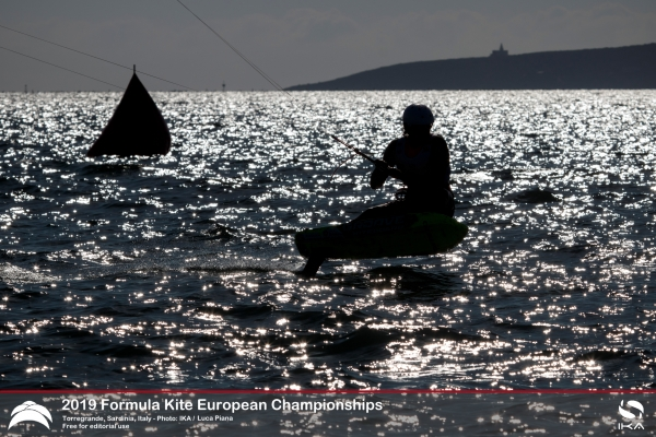 Nail-biting finale at first Formula Kite Mixed Relay Europeans crowns champions