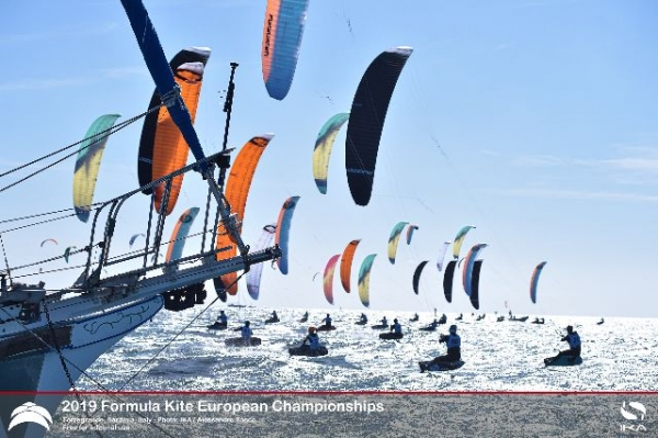 Tight racing in perfect conditions at Europeans leaves little to choose between top of order