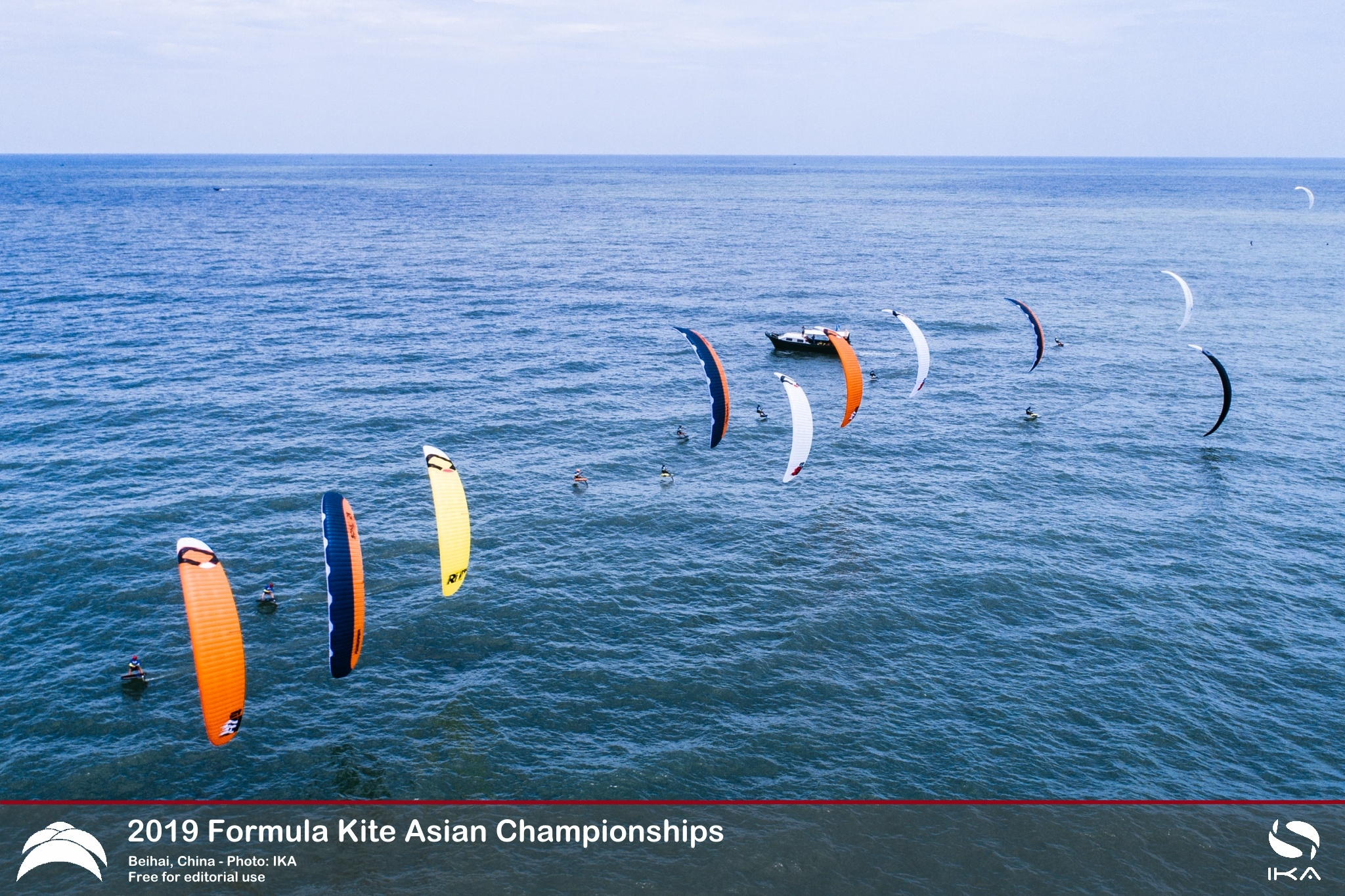 Polish Teenagers Surge to Top of Order in Tough Conditions at Formula Kite Asians