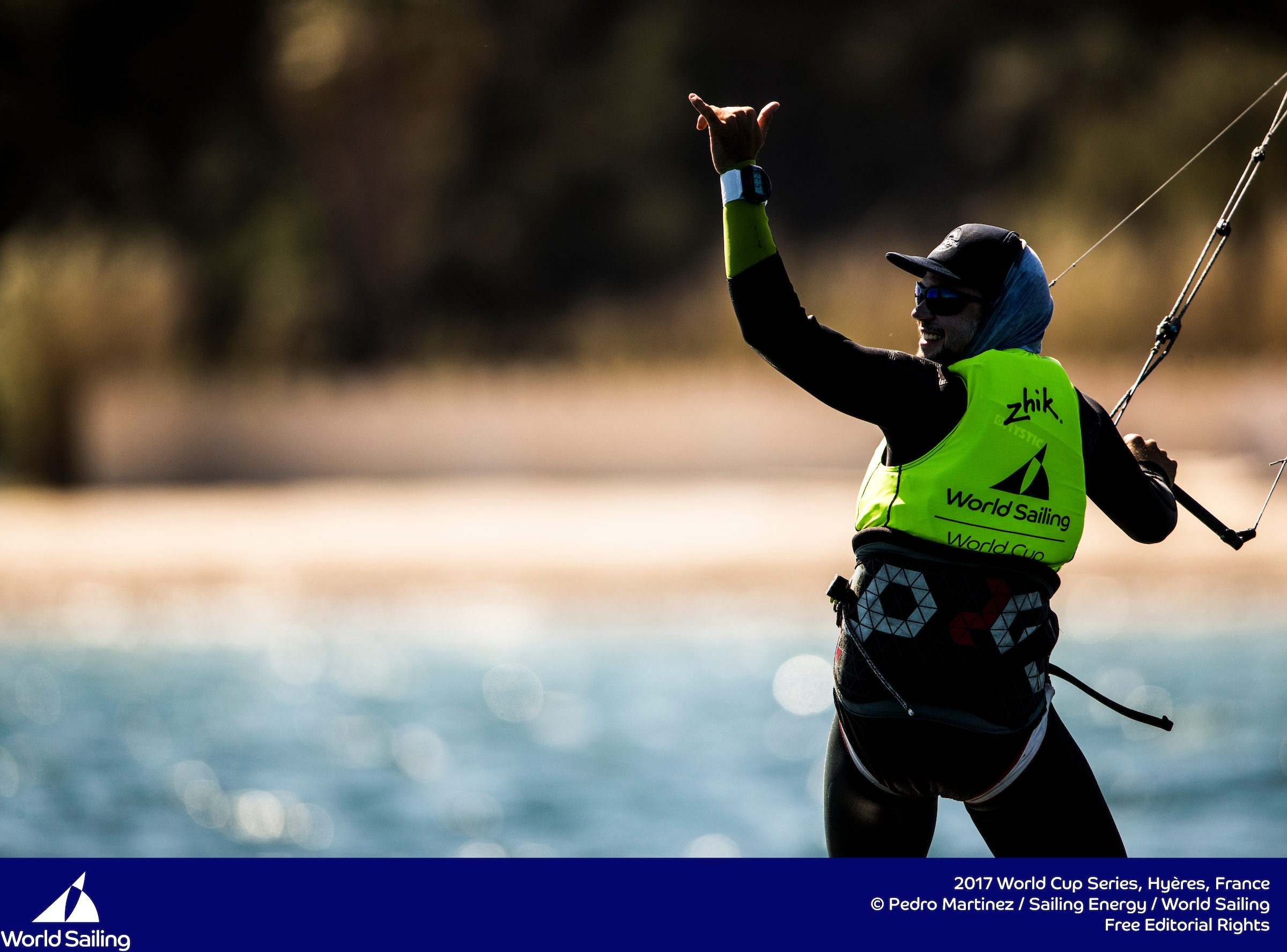 Nico Parlier finishes off with a perfect score in Hyeres champagne sailing conditions